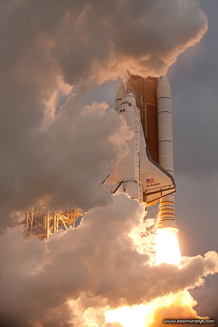 Launch of space shuttle Endeavour, STS-134, Kennedy Space Centre, Florida