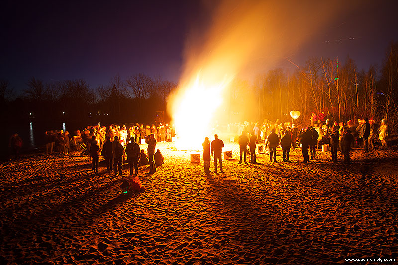 Equinox bonfire 2016, Ward's Island, Toronto Islands