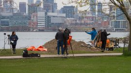 Media coverage of Bayview sandbagging, Ward's Island, Toronto Islands