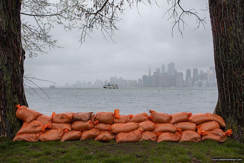 Ferry Ongiara and Bayview dike, Ward's Island, Toronto Islands