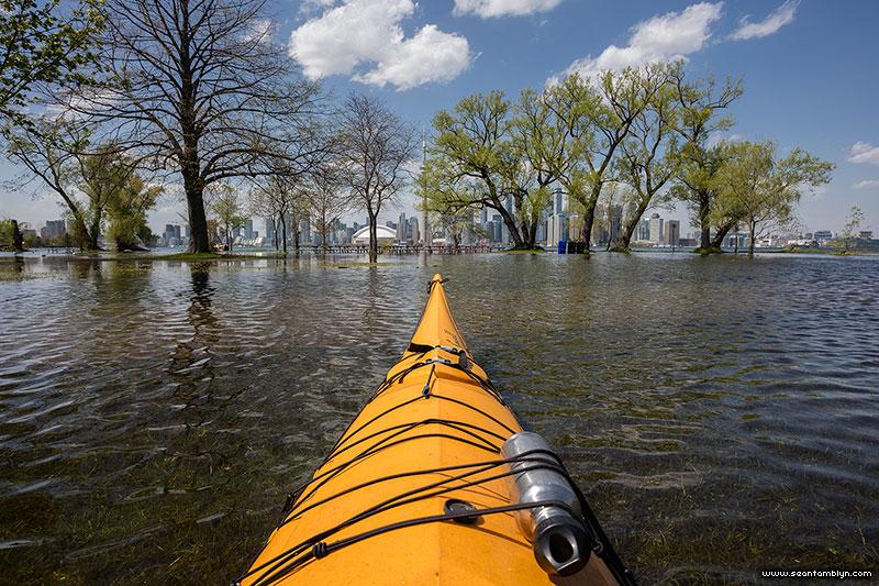 Kayaking over Olympic Island, Olympic Island, Toronto Islands