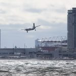 Porter Q400 aborted landing, Billy Bishop Airport, Toronto Islands