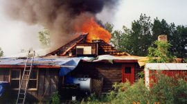 1989 AIA Clubhouse Fire, Algonquin Island, Toronto Islands
